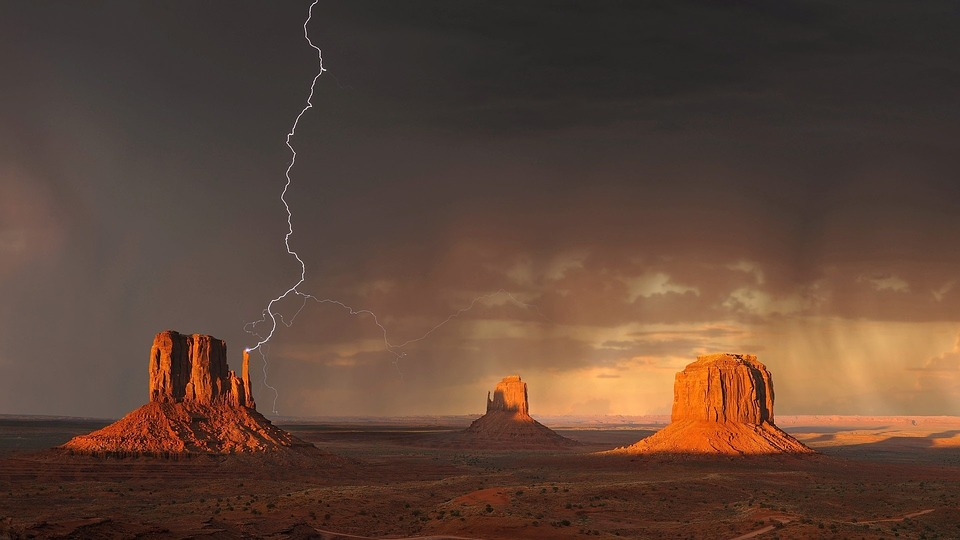 monument-valley-1593318_960_720